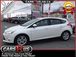 2012 Ford Focus SEL, leather, Power Sunroof!!