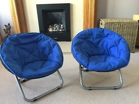 2 kids moon chairs blue