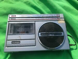 Lloyd's Vintage Radio and Cassette Player/Recorder