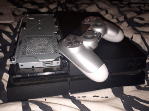 Ps4 console & controller