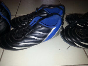 kids soccer shoes size 5