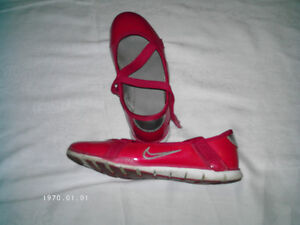 Girls shoes size 12 & 2, & Laced up Boots size 1 Kitchener / Waterloo Kitchener Area image 1