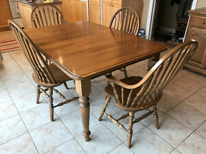 Harvest table buy or sell dining table sets in ontario for Table 6 chaises kijiji