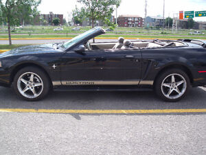 2002 Ford Mustang V6 3.8 Decapotable