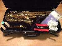Saxophone Yamaha YAS-275 Alto Sax
