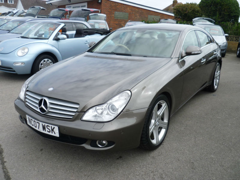 mercedes cls 320 cdi 2007 07 diesel automatic cream. Black Bedroom Furniture Sets. Home Design Ideas