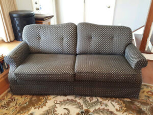 LA-Z-BOY Hde-a-bed. In like New condition. Over $2000 new!