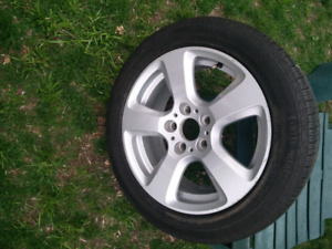 "Selling a single BMW oem 17"" rim and tire"