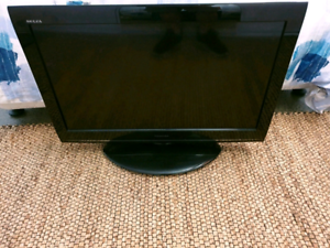 32inch Toshiba LCD 4x HDMI USB Stafford Heights Brisbane North West Preview