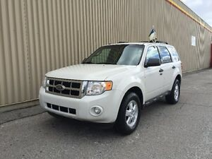 2009 FORD ESCAPE XLT FWD 4CYL ** 1 ANS GARANTI  INCLUS **