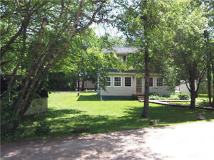 Furnished house for rent by month/week, Shediac
