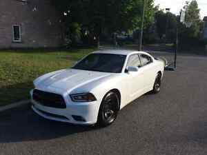 2013 Dodge Charger RWD Black Package Berline