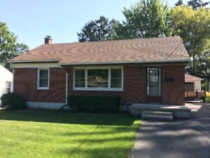 2 Bedroom Simcoe Home Available March 1, 2018