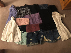 Assorted Womens Clothes Lot - Like New!!!