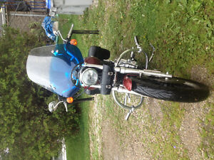 Excellent condition!!! 2009 Harley Davidson sportster low 1200