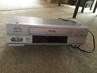 Toshiba V730UK Video player.