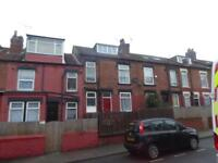 2 bedroom house in Clifton Mount, Harehills, LS9