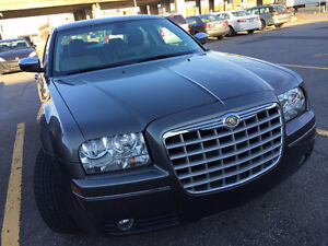 2010 Chrysler 300-Series Touring Sedan 45000 km