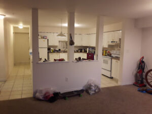 Room for Rent in 3 Bdr on Almon Street