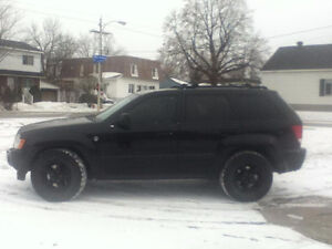 2006 Jeep Grand Cherokee Limited V8 - MESSAGE ME