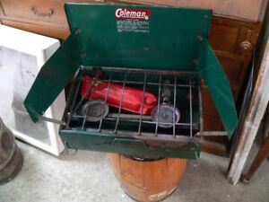beau barbecue vintage Coleman # 4914