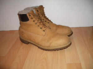 """"""" TIMBERLAND """" Bottes d'hiver impermeables  --  size 13 - 14 US"""