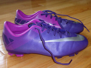 Worn Once - Girls Nike Mercurial Soccer Cleats