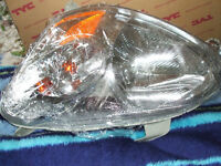 NEW-HEADLIGHT ASSEMBLY FOR TOYOTA ECHO 2003 TO 05