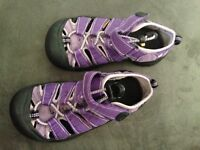 Size 13 Keen sandals
