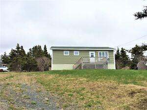 Renovated Home in Greens Harbour with OCEANVIEW!