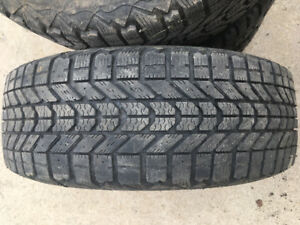4x WINTERFORCE SNOW TIRES