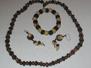 NEW 2 SETS Real Coconut Custom Made Necklace,Earrings,Bracelet Edmonton Edmonton Area image 2