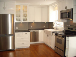 BEAUTIFUL AND LARGE 2 BEDROOM WITH PARKING IN SOUTH ETOBICOKE