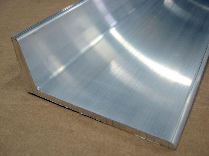 8020 Aluminum Angle Stock Mill Finish 15 Series 8416 x 96.5 N