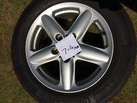 MINI COUNTRYMAN R60 alloy wheel and tyre