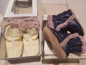 New Robeez baby shoes, 0-6 and 6-12, still in box