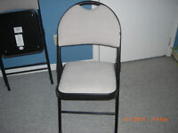 4 DELUXE FOLDING CHAIRS