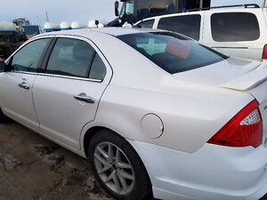 2011 Ford Fusion Sel Sedan ***REDUCED*** lifetime sirius