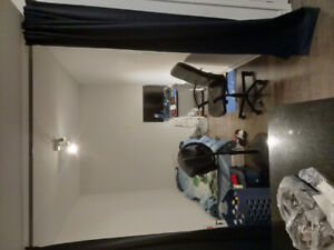 Den for Rent - Downtown Toronto Union Station