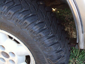 235 75 r15  M&S  TRUCK TIRES ON RIMS