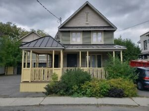 For Rent: Beautiful 3 Bedroom home in the heart of Gatineau