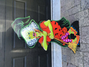 Witch- 4ft tall Outdoor Decoration