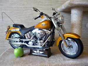 HARLEY DAVIDSON  MINIATURE FAT BOY MODEL 30 POUCE X 16P  R/C