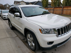 2011 Jeep Grand Cherokee Limited, 5.7l V8. FuLLy LOADED!