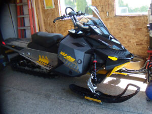 """2010  SKIDOO  XP 800  154"""" TRACK....... JUST REDUCED!!!"""