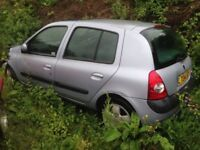 Breaking Renault Clio Privilege 1.4 Petrol 16v Auto Only 23000 miles, for parts tm autos