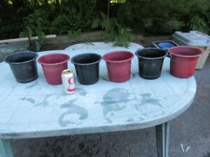 PLANT POTS - PLASTIC - INDOOR