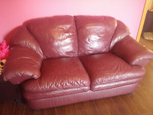 Leather Love Seat PRICE REDUCED
