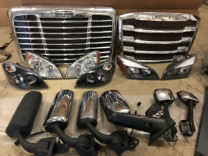 Freightliner OEM Truck Parts - Cascadia & More, Bumpers, Lights&