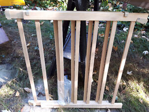"""Baby gate, 36""""-42"""" of closure, great condition"""